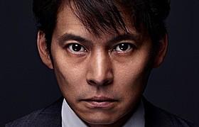 「株価暴落」に主演する織田裕二「空飛ぶタイヤ」