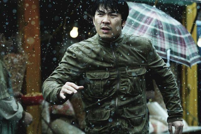「殺人の追憶」キム・サンギョンが再び刑事に 「悪魔は誰だ」9月公開&予告入手