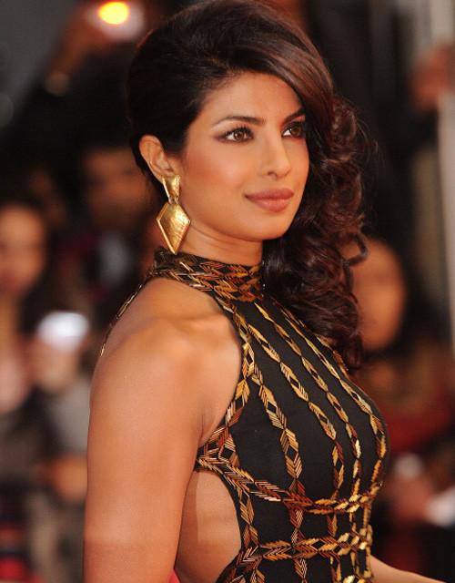 インド美女プリヤンカー・チョプラ