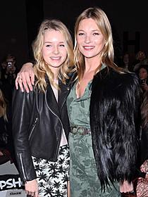 ケイト・モスと妹のロッティ・モス