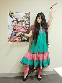 日本人初のボリウッドダンサー関本恵子氏「ダバング 大胆不敵」