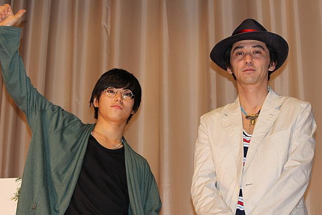 村上淳&息子・虹郎「なんで離婚?」シーンの舞台裏 「2つ目の窓」で親子共演