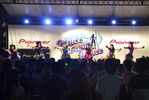 地下LIVEアイドル競演、豊洲ビーチ熱狂