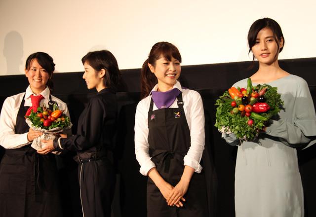 橋本愛&松岡茉優「リトル・フォレスト」初日でさわやか笑顔 - 画像3