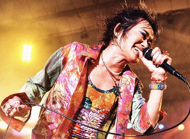 忌野清志郎さん、スクリーンで再び復活!08年の武道館「完全復活祭」などライブ映像で構成