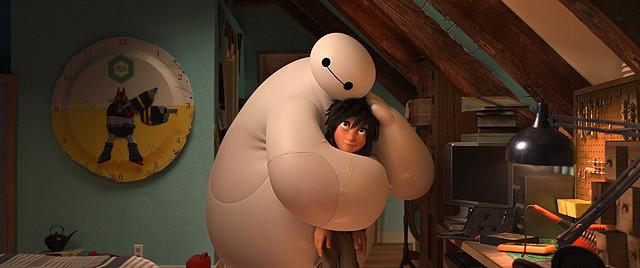ディズニーの新キャラ「ベイマックス」にトトロの影響? 優しさあふれる映像公開