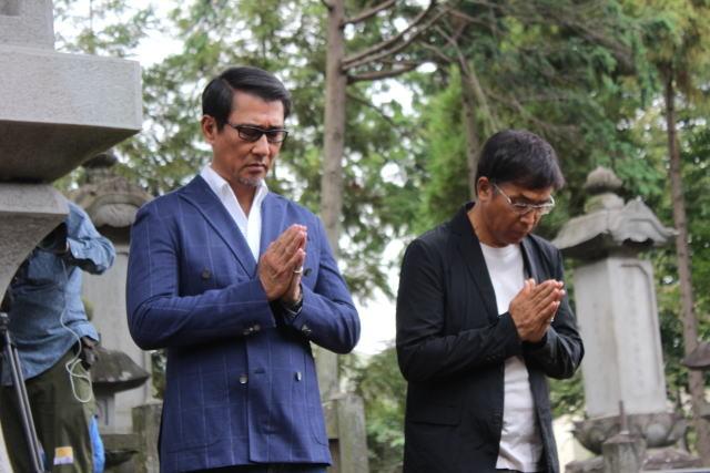「柘榴坂の仇討」主演の中井貴一、豪徳寺で井伊直弼の墓参り