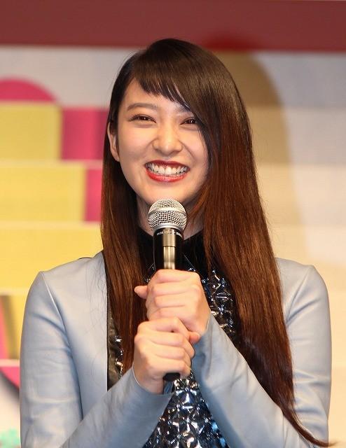 武井咲、「クローバー」試写会で「関ジャニ∞」大倉にムチャぶり