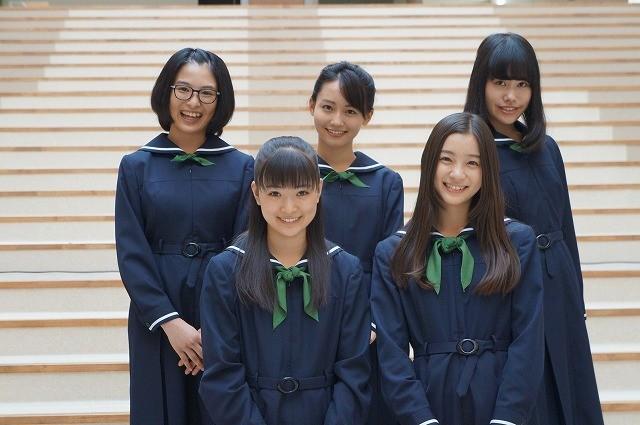 優希美青&足立梨花「でーれーガールズ」1980年代チームが万感の撮了!