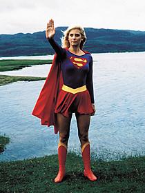 1984年の映画版場面写真「スーパーガール」