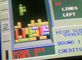 今も根強い人気を誇るパズルゲームがSF映画に「モータル・コンバット」