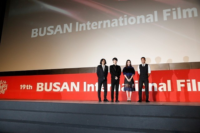「真夜中の五分前」主演の三浦春馬、釜山ファン5000人歓声に晴れやかな笑顔