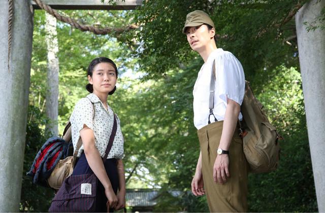 荒井晴彦監督作に主演する二階堂ふみと長谷川博己