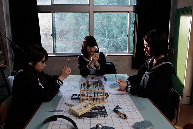 乃木坂46×山下敦弘監督「超能力研究部の3人」予告完成 「君の名は希望」が主題歌