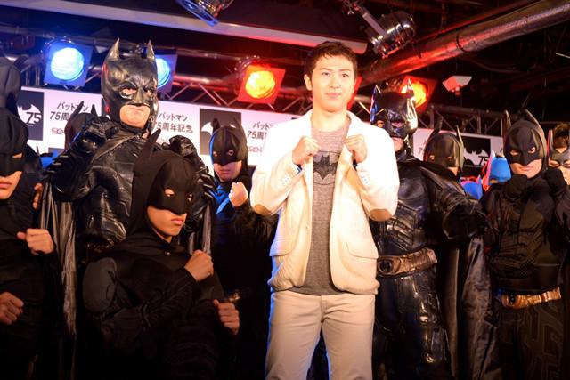 尾上松也「バットマン75周年」を祝して、ハロウィンはバットマンに?