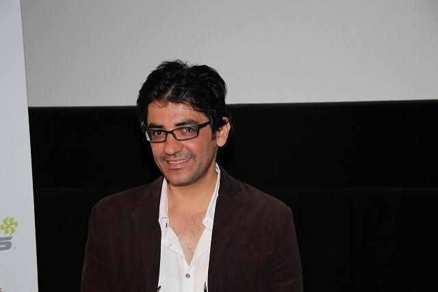 イラン映画「メルボルン」の新鋭監督、主演2人に頼んだのは「ノーアクト」