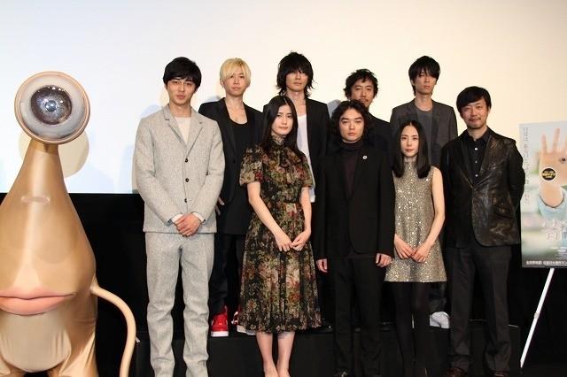 「寄生獣」ワールドプレミアに山崎貴監督&染谷将太、感慨無量