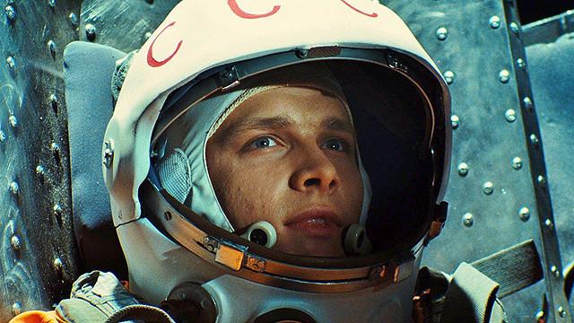 人類初の宇宙飛行士の半生と命がけの任務描く「ガガーリン 世界を変えた108分」予告編