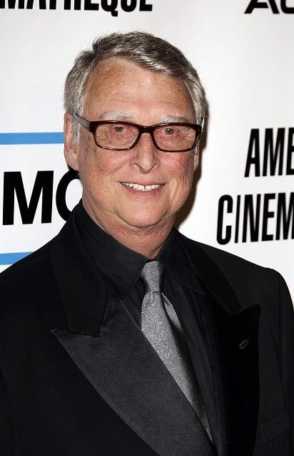 「卒業」の名匠マイク・ニコルズ監督が83歳で死去
