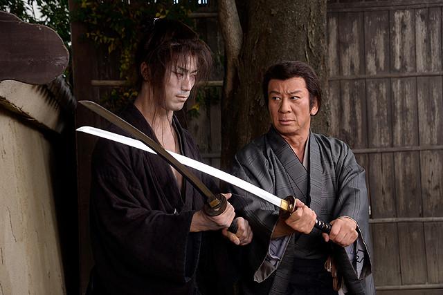 杉良太郎14年ぶり時代劇「医師 問題無ノ介」がdビデオに EXILE・小林直己もドラマ初出演