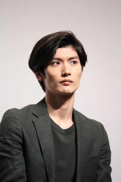 三浦春馬「早稲田映画まつり」に登場!行定勲監督の暴露にタジタジ