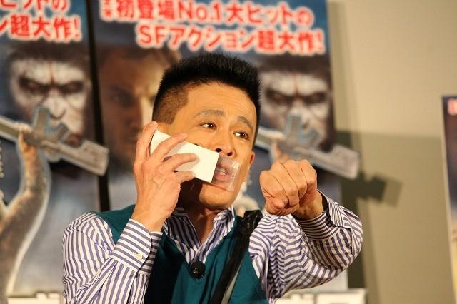 柳沢慎吾、新ネタ祭り!「猿の惑星軍団 VS 警視庁」などを披露