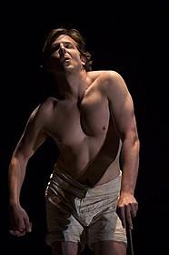 「エレファント・マン」で主演する ブラッドリー・クーパー「アメリカン・スナイパー」
