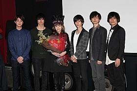 イケメン俳優陣に囲まれた広田レオナ監督「お江戸のキャンディー」