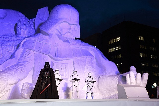 ルーカス・フィルム公認「スター・ウォーズ」大雪像、さっぽろ雪まつりに登場