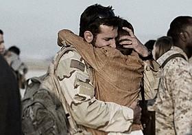 過酷な戦場でも家族を思い続けたクリス「アメリカン・スナイパー」