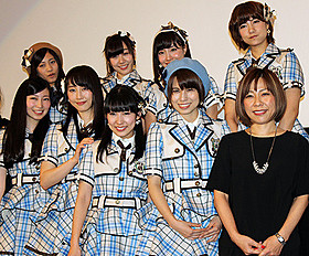 舞台挨拶に立った「SKE48」の松井玲奈、大矢真那ら「アイドルの涙 DOCUMENTARY of SKE48」