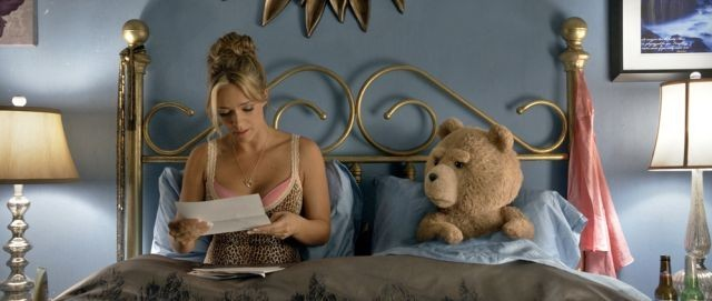 テッドが結婚&子ども欲しさに精子バンクへ!?「テッド2」映像初公開