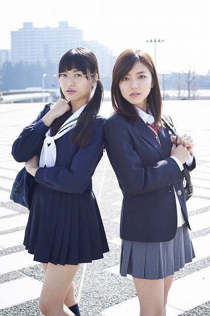 (左から)北原里英、真野恵里菜(撮影:岡本武志)