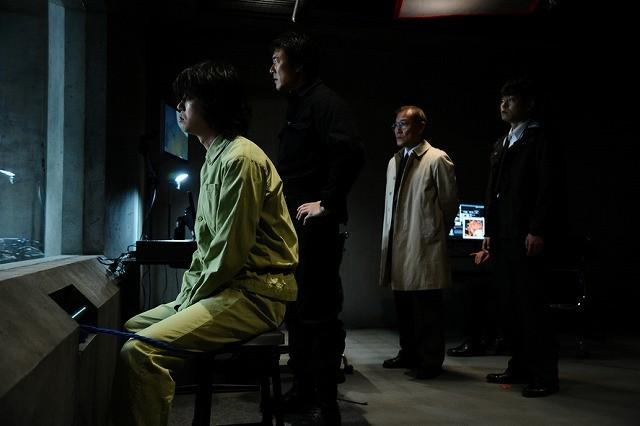 「寄生獣」BD&DVDに「完結編」冒頭7分収録!山崎貴監督は「恐ろしいワナ」と警告?