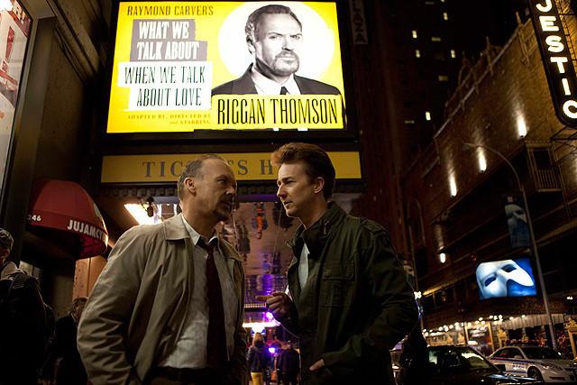 「バードマン」特別映像でイニャリトゥ監督がマイケル・キートンを絶賛