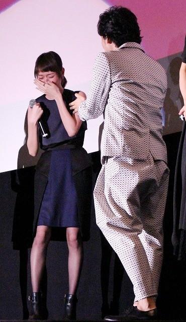 戸田恵梨香、大泉洋の顔がツボ! 笑い止まらず涙「見ないでくださいよ」 - 画像2