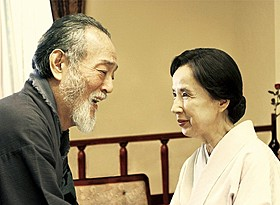 故岡本喜八監督の妻・中みね子が76歳で初監督「ゆずり葉の頃」