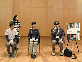 映画イベントの感想を述べる参加者「イマジン」
