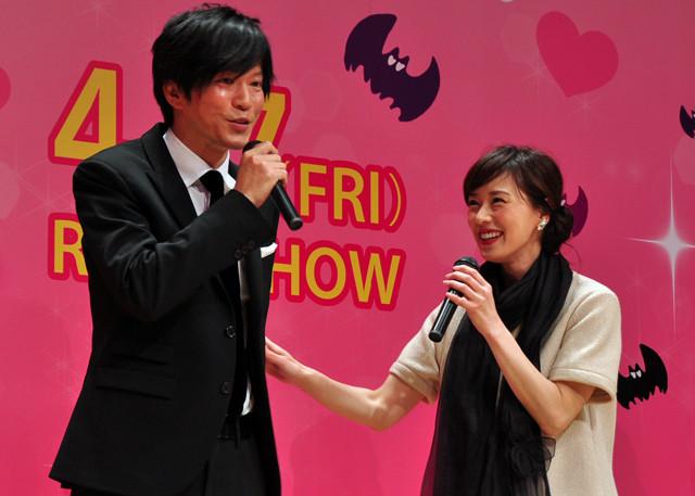 田辺誠一&大塚寧々夫妻、舞台挨拶でも熱々!