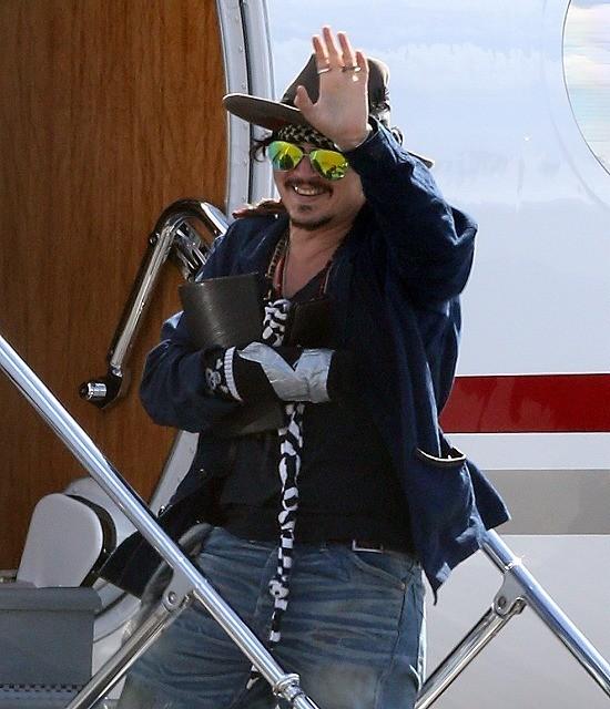「パイレーツ・オブ・カリビアン」最新作、負傷のジョニデ復帰遅れ撮影中断
