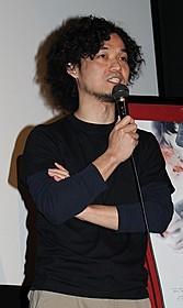 東京公開初日を迎えた片元亮監督「ストロボ ライト」