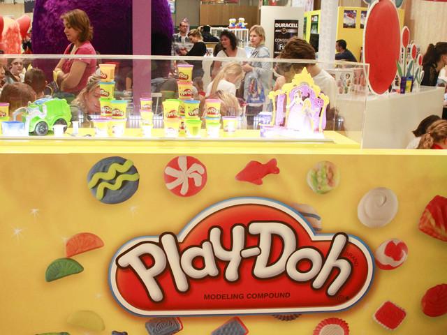 FOXが粘土玩具「プレイ・ドー」を映画化