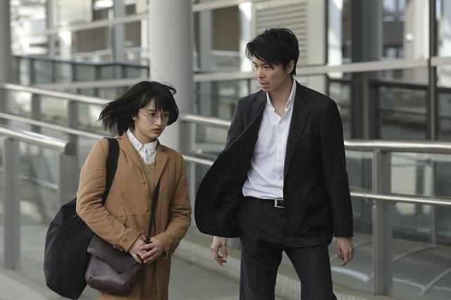 門脇麦、主演サスペンス「二重生活」で長谷川博己を尾行&密会現場を目撃