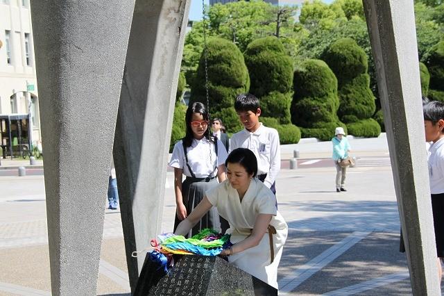 鈴木京香、慈愛に満ちた表情で「おかあさんの木」読み聞かせキャンペーン完遂!
