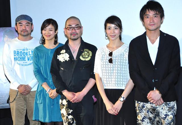 """西村喜廣監督、斎藤工の""""セクシー""""イメージに異論!"""