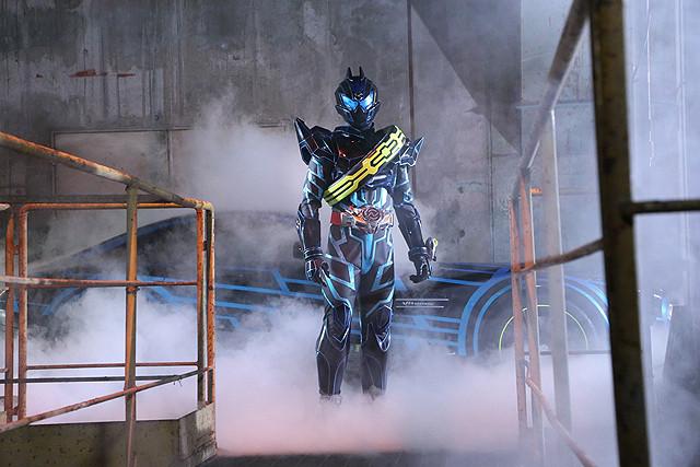 「仮面ライダードライブ」劇場版、最強の敵は未来からきた仮面ライダーダークドライブ