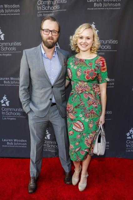 アリソン・ピルと「ブレア・ウィッチ・プロジェクト」俳優が結婚