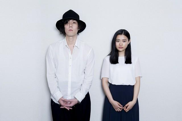 野田洋次郎&杉咲花、等身大で生きた「トイレのピエタ」を語る