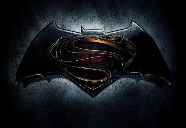 B・アフレック×H・カビル「バットマン vs スーパーマン」来年3月公開