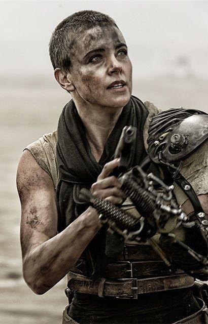 圧倒的存在感!「マッドマックス」最新作、女戦士フュリオサ特別映像を入手